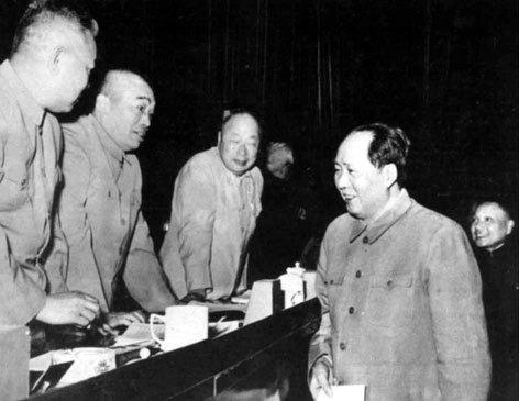 """毛主席为什么不信迷信_揭秘:毛泽东为什么不怕""""鬼""""?"""