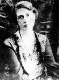 希特勒死后320名纳粹女军官自尽图片